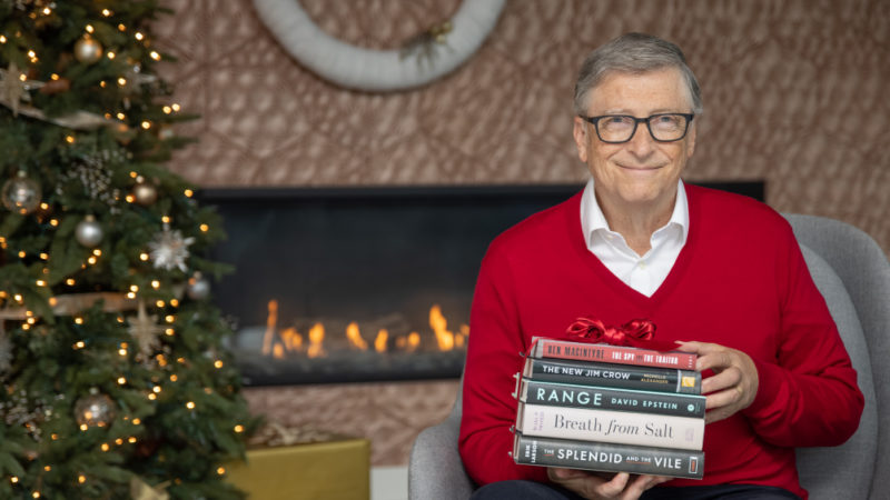 Bill Gates recommends 5 good books for a lousy year